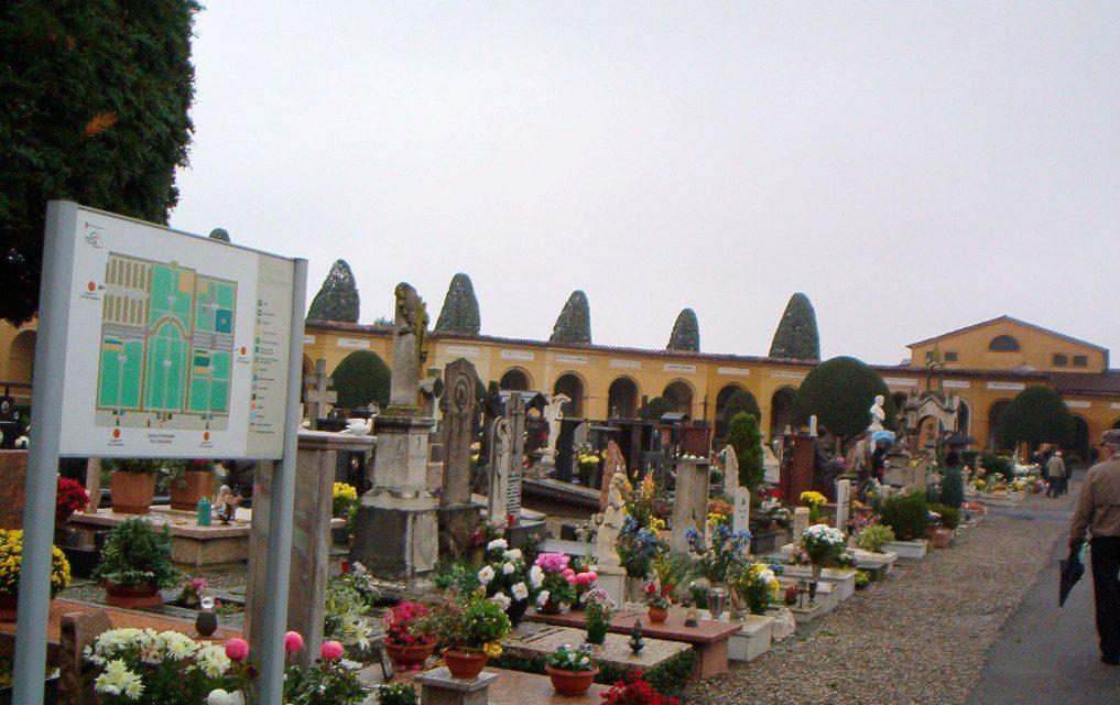 Commemorazione dei defunti: le celebrazioni al cimitero urbano