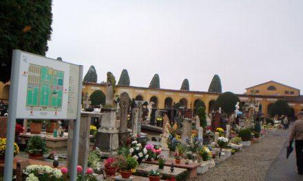 Commemorazione dei defunti: le celebrazioni al cimitero delle parrocchie cittadine