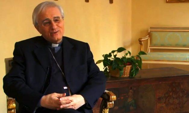 Il Vescovo Ambrosio parla ai catechisti