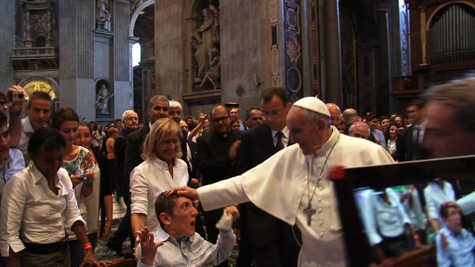 Papa Francesco incontra i giovani piacentini: guarda il video