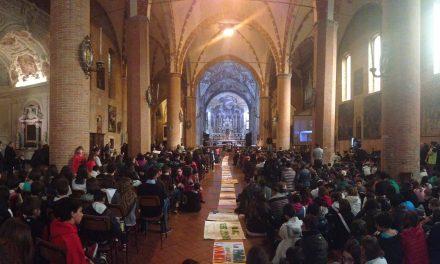 """""""Andate controcorrente"""": festa dei cresimandi con il Vescovo"""