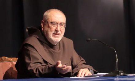 """""""La Chiesa di Gesù Cristo"""": lectio di padre Antonio Maria Sicari"""