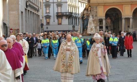 Madonna del Popolo: processione per le vie del centro