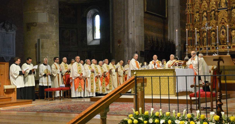 Solennità del Sacro Cuore: incontro di tutti i sacerdoti con il vescovo