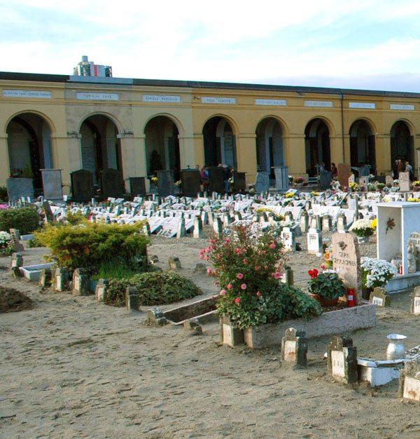 Commemorazione dei defunti: celebrazioni al cimitero urbano