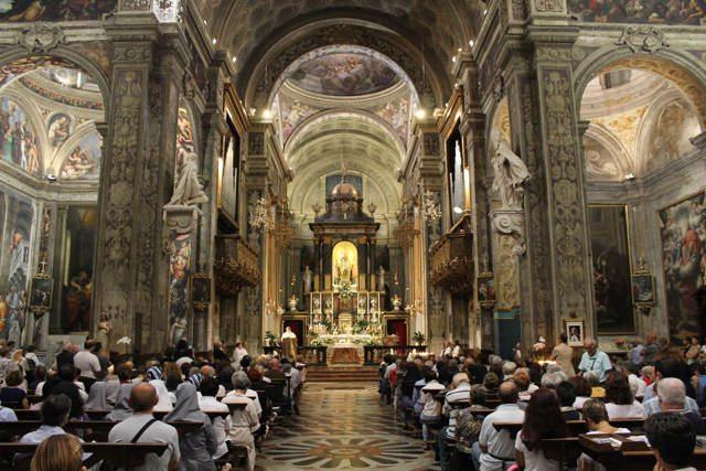 Festa del sì: celebrazione con il vescovo