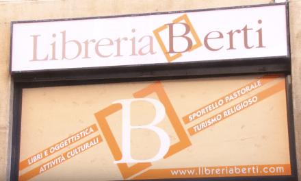 Don Paolo Cignatta presenta la nuova Libreria Berti