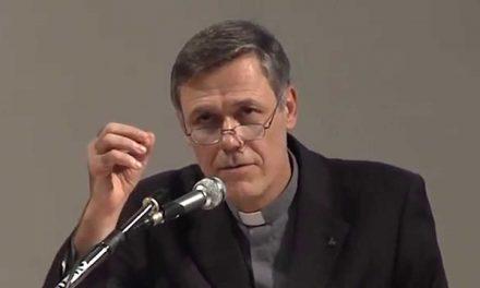"""""""Il Dio in cui credo"""": dialogo con padre Carlo Casalone"""