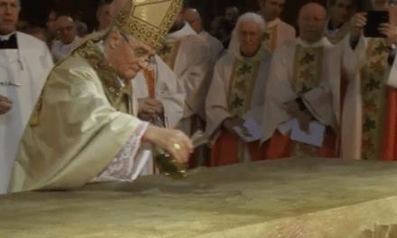10 anni di Episcopato di Mons. Gianni Ambrosio e dedicazione dell' altare della Cattedrale