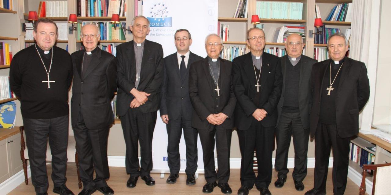 Mons. Gianni Ambrosio nella delegazione vescovi dell'Emilia Romagna a Bruxelles