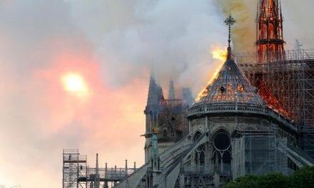 Piacenza solidale con Parigi: le campane suonano per Notre Dame