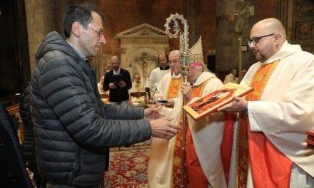 """UNA CHIESA CHE SORPRENDE ""  – Video integrale – CELEBRAZIONE EUCARISTICA in Cattedrale"