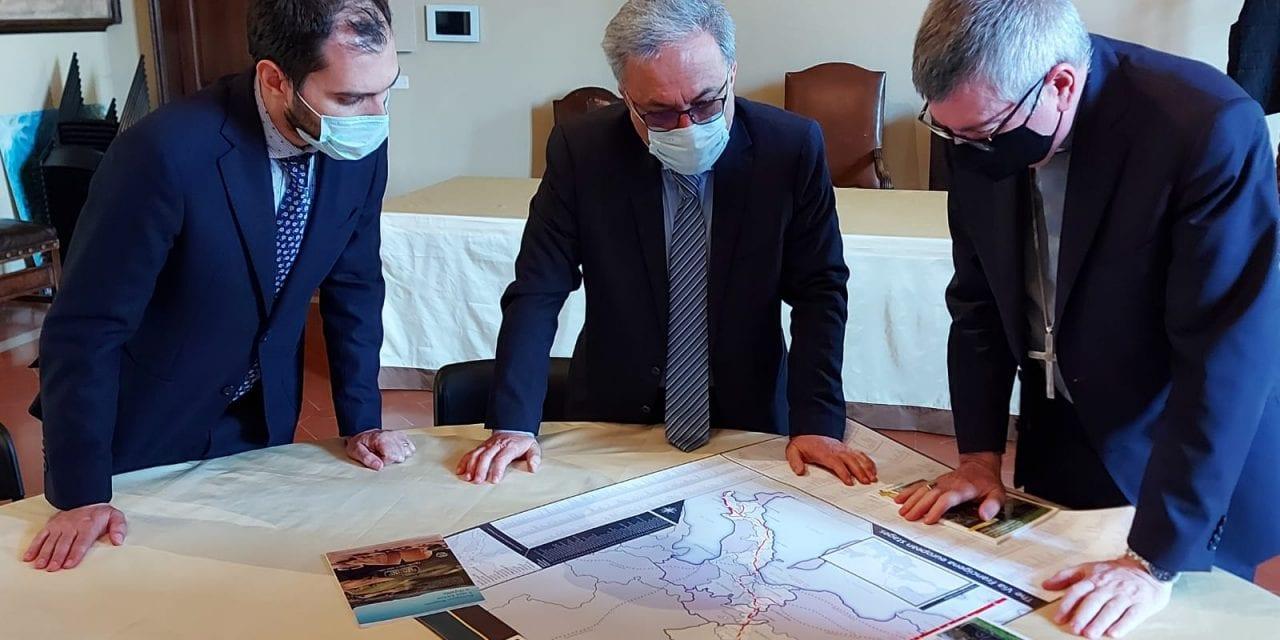 Firmata un'intesa tra la diocesi di Piacenza-Bobbio e l'Associazione Europea delle Vie Francigene