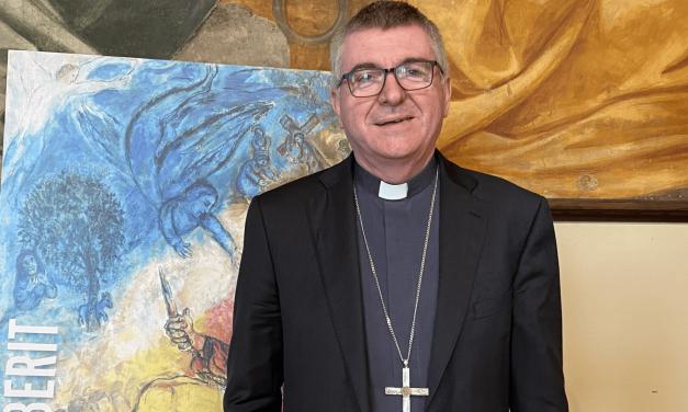 PASQUA DI RISURREZIONE: IL MESSAGGIO DEL VESCOVO ADRIANO ALLA COMUNITA'